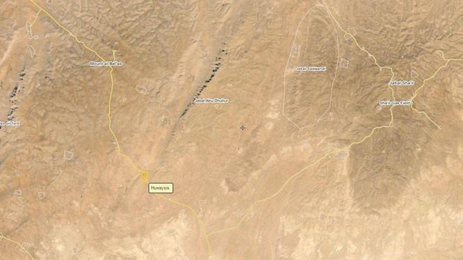 Sư đoàn xe tăng số 11 và 18 đánh chiếm làng Huwisays Đông Bắc tỉnh Homs