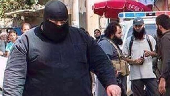 Đao phủ 'xe ủi đất' khét tiếng của IS bị bắt