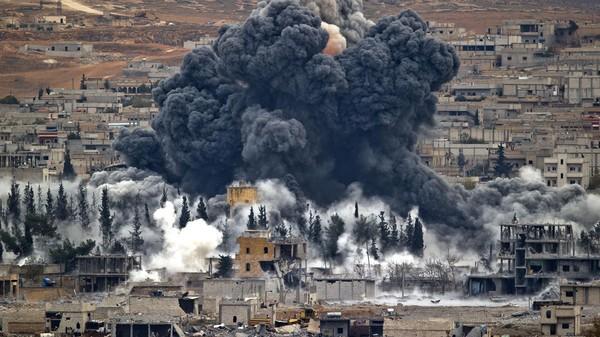 Chùm video lực lượng Liên minh do Mỹ dẫn đầu không kích IS