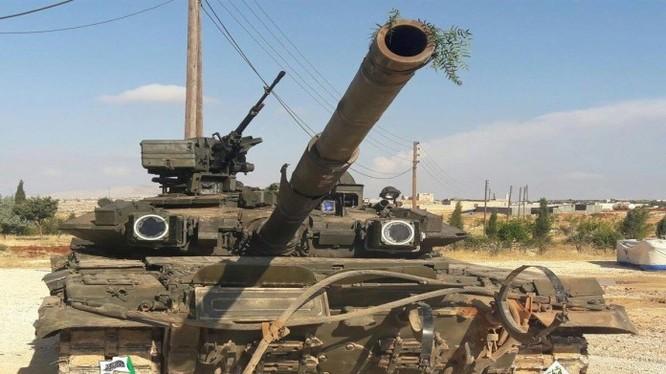 Lực lượng Tigers thất bại, Hồi giáo cực đoan cướp được 1 xe T-90