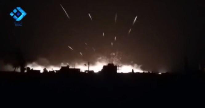 Hình ảnh không quân Nga không kích ở Bắc Aleppo
