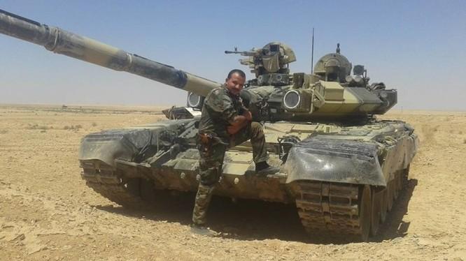 Lực lượng Diều hâu Sa mạc trên chiến trường Raqqa