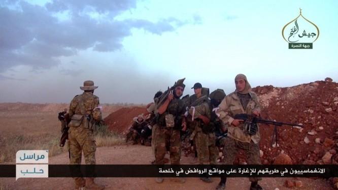 Các tay súng khủng bố Jabhat Al-Nusra Syria