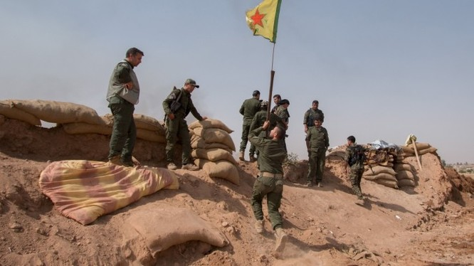 Lực lượng dân quân người Kurd tiếp tục tấn công IS ở Aleppo