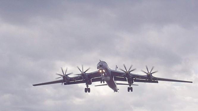 Máy bay chống ngầm Tu-142M3