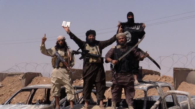 Nhóm chiến binh IS trên mặt trận sa mạc tỉnh Homs
