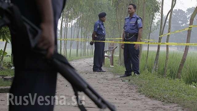 Tại thủ đô Bangladesh, một nhóm vũ trang đã tấn công nhà hàng, bắt giữ 40 người làm con tin