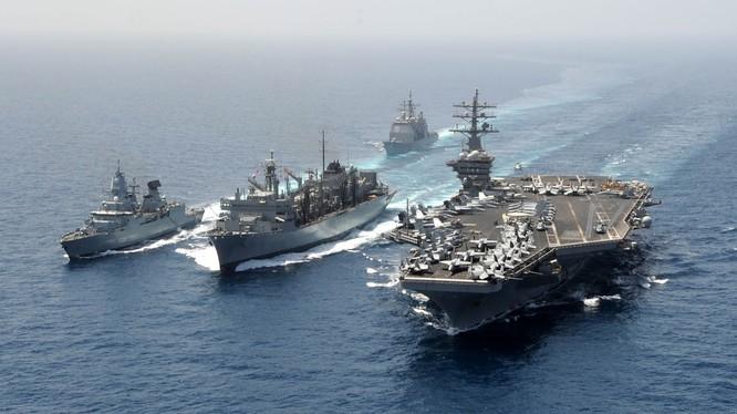 Cụm tàu sân bay tấn công chủ lực USS Dright Eisignhower Mỹ
