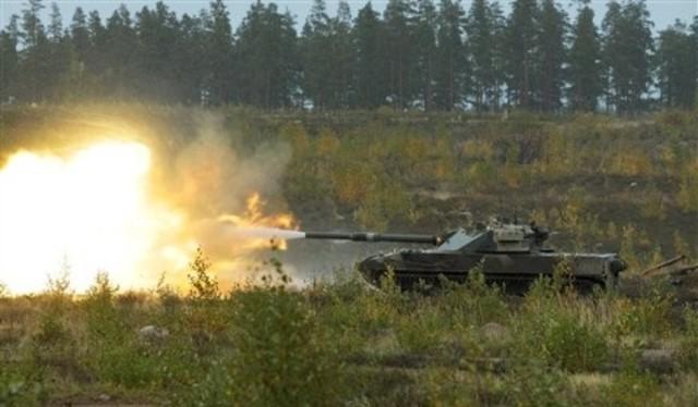Xe pháo tự hành 2S25 Sprut-SD khai hỏa