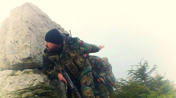 Binh sĩ Syria phục kích lực lượng Hồi giáo cực đoan