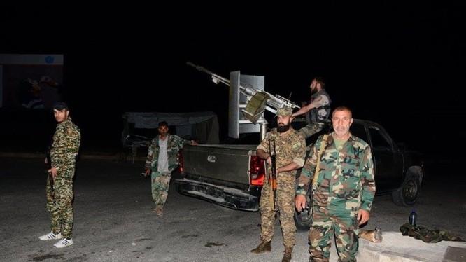Lực lượng Tigers tiến hành cuộc tấn công vào khu trang trại Al- Mall