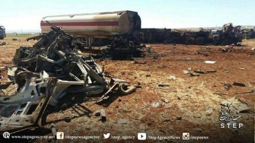 Không quân Nga không kích tiêu diệt đoàn xe chở dầu của IS