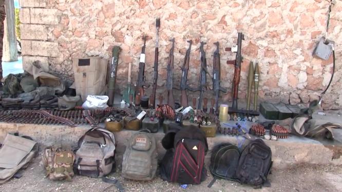 Lực lượng SDF thu vũ khí đạn dược từ IS ở thành phố Manbij