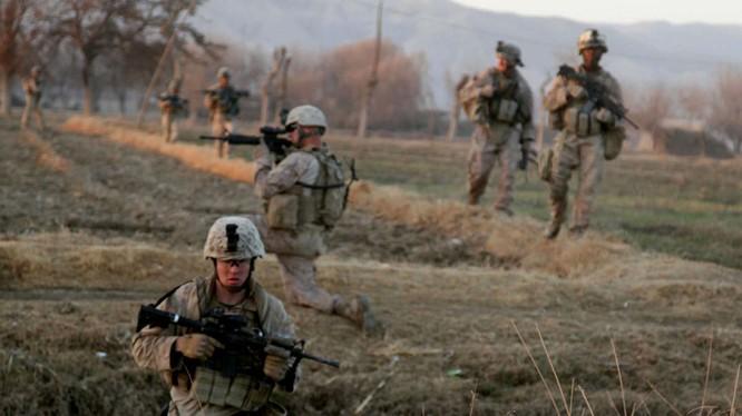 Lực lượng Lính thủy đánh bộ Mỹ tuần tiễu