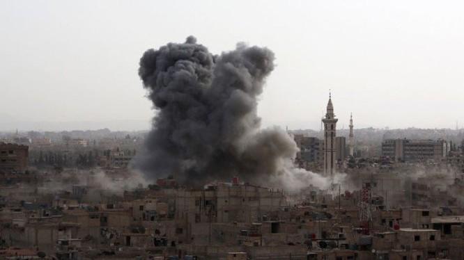 Không kích dữ dội ở Douma