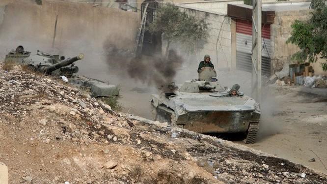 Xe thiết giáp Syria trên chiến trường đường phố