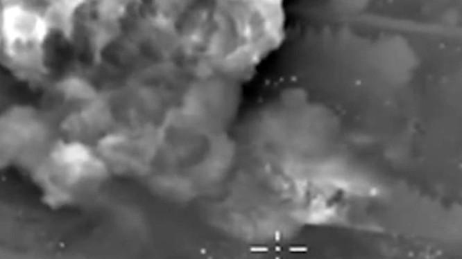Không quân Nga không kích ác liệt các vị trí tập trung quân của IS
