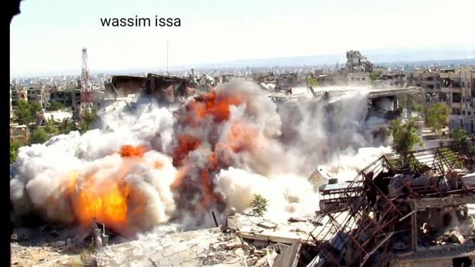 Vụ nổ đánh sập đường hầm của Hồi giáo cực đoan