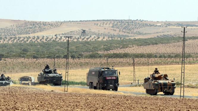 Quân đội Thổ Nhĩ Kỳ tấn công xâm lược miền Bắc Syria