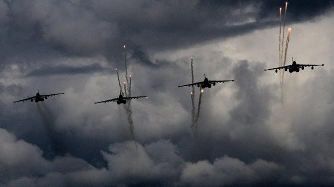 Không quân Nga không kích ở Syria