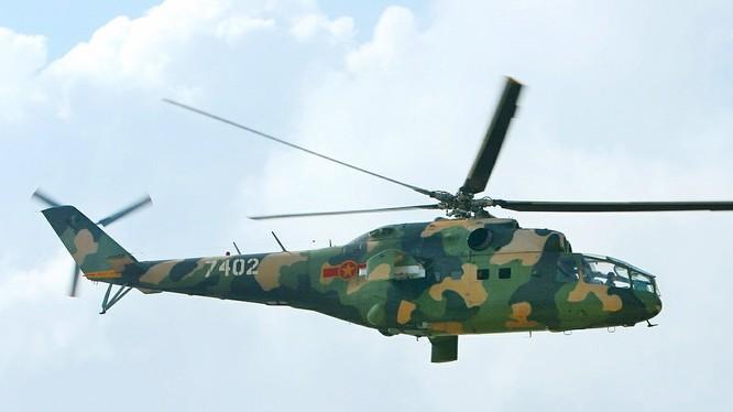 Máy bay trực thăng tấn công Mi-24A, tham gia chiến trường Campuchia