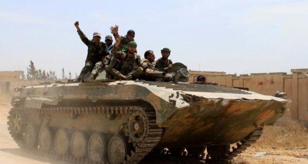 Xe thiết giáp quân đội Syria trên cao nguyên Golan