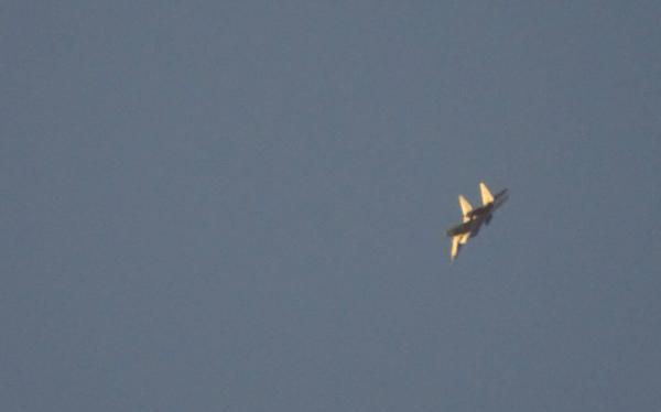 Không quân Nga không kích trên chiến trường Deir ez-Zor