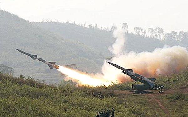 Tên lửa SAM -2 S-75 Dvina, rồng lửa Việt Nam xuất kích