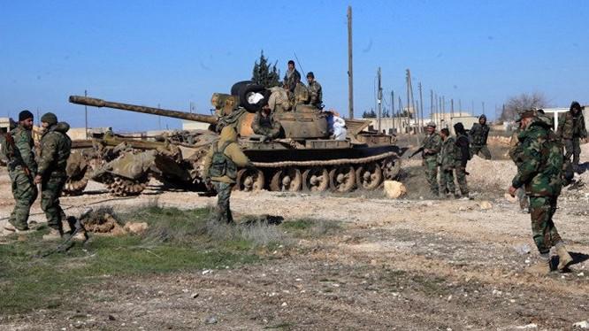 Binh sĩ lực lượng vũ trang Syria trên chiến trường Aleppo