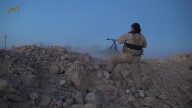 Chiến binh IS tấn công trạm kiểm soát của Quân đội Syria