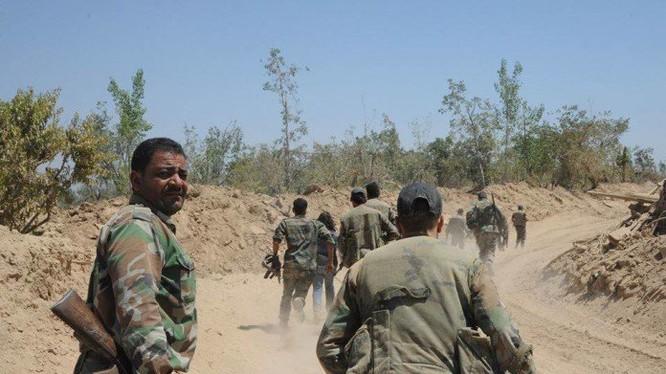Quân đội Syria chiến đấu trên vùng Đông Ghouta