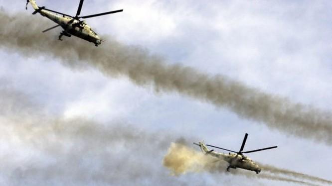 Trực thăng tấn công Nga yểm trợ lực lượng vũ trang Syria trong chiến đấu tấn công