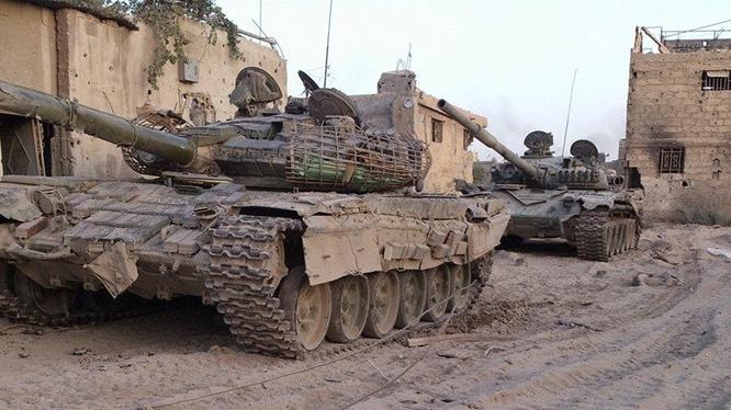 Xe tăng lực lượng Vệ binh Cộng hòa trên chiến trường Deir ez Zor