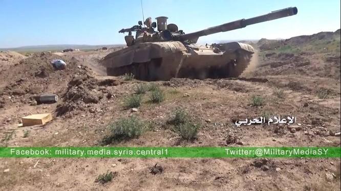 Xe tăng quân đội Syria trên chiến trường (ảnh minh họa)