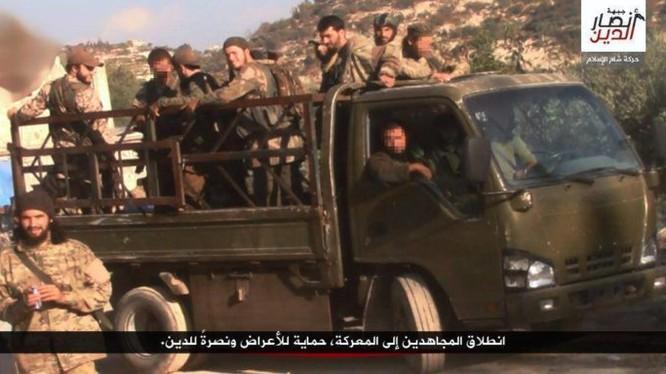 Nhóm chiến binh Hồi giáo cực đoan ở Latakia