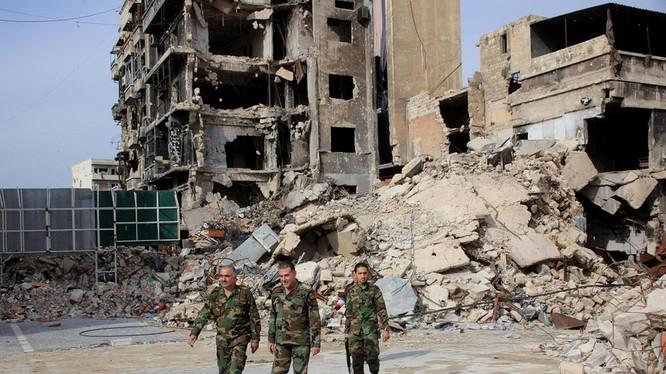 Binh sĩ quân đội Syria trên khu vực đã được giải phóng