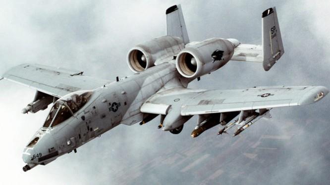 Máy bay cường kích chiến trường A-10 Thunderbolt trên chiến trường Syria