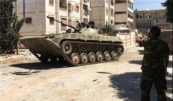 Quân đội Syria chiến đấu trên chiến trường Hama