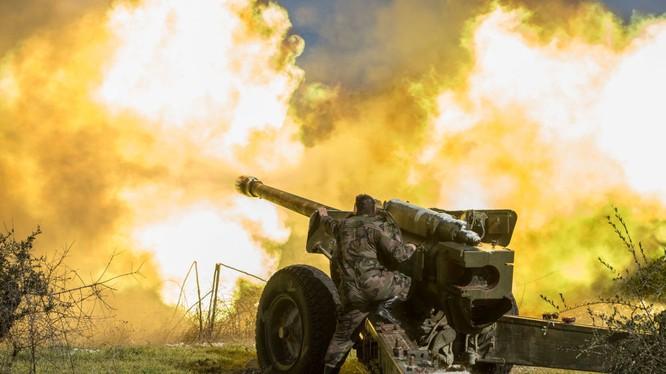 Pháo binh quân đội Syria khai hỏa
