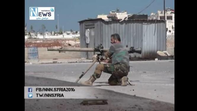Binh sĩ quân đội Syria chiến đấu trên địa bàn quận Miniyan