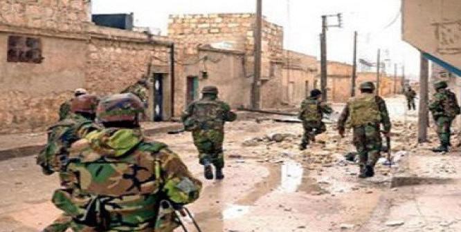 Các binh sĩ quân đội Syria cơ động trên chiến trường Aleppo