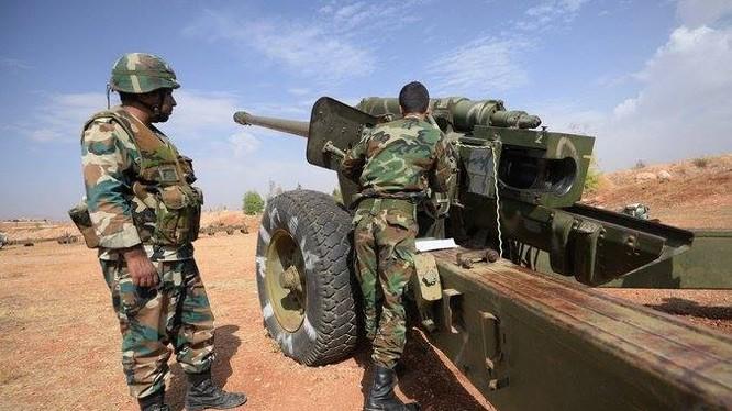 Pháo binh quân đội Syria trên chiến trường Daraa