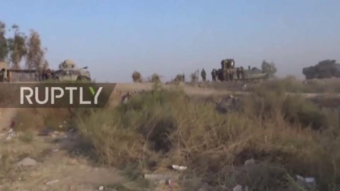 Quân đội Iraq tiến công ở Mosul