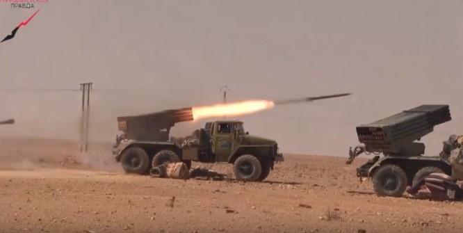 Pháo phản lực Grand quân đội Syria tấn công