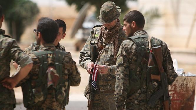 Lực lượng Dân chủ Syria được Mỹ hậu thuẫn trên đường tiến công vào Raqqa