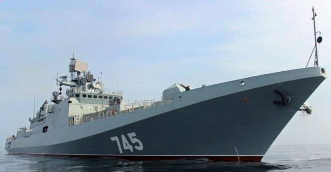 Tàu khu trục đô đốc Grigorovich trên vùng nước Syria