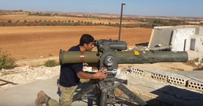 Chiến binh Hồi giáo cực đoan sử dụng tên lửa TOW tấn công binh sĩ Syria