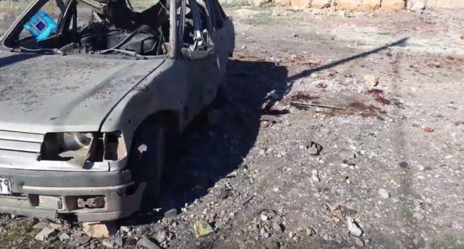 Chiếc xe chở 5 chiến binh Hồi giáo cực đoan tan xác