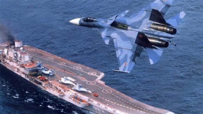 Tàu tuần dương sân bay Đô đốc Kuznetsov trên biển Syria