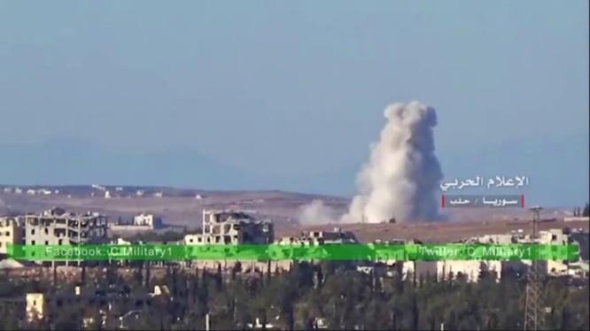 Không quân Syria không kích vùng ngoại ô Aleppo